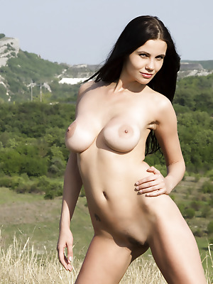 Showy Beauty  Samantha  Ass, Pussy, Babes, Boobs, Breasts, Tits, Outdoor, Teens, Amazing